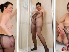 Sofia Matthews – I like it WET!